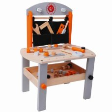 Playwood Workbench avec des outils